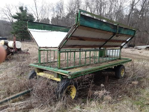 Harvest And Forage Equipment Line of farm equipment in online auction. harvest and forage equipment